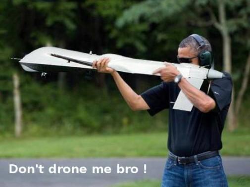 Person_Obama_schiet-drone