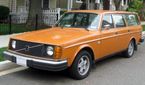 1975_Volvo_245
