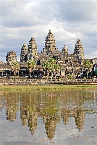 400px-Angkor_Vat_(6783535194)
