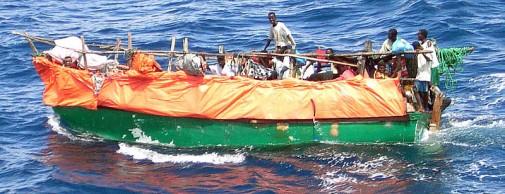 800px-Somali_refugee_boat