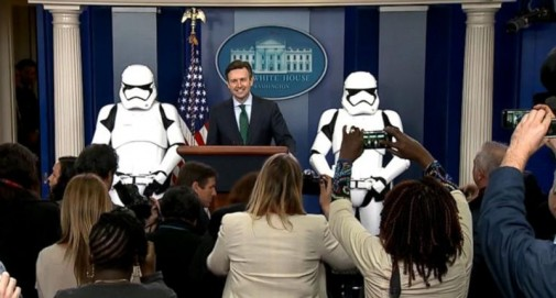 obama_stormtroopers-800x430