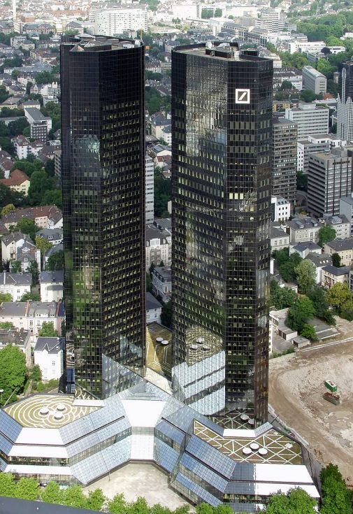 800px-Deutsche-Bank-Frankfurt-am-Main